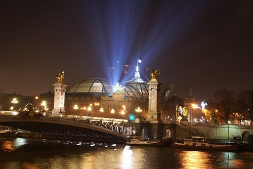 Top Five Romantic Things You Can Do In Paris - Cruise on the Seine