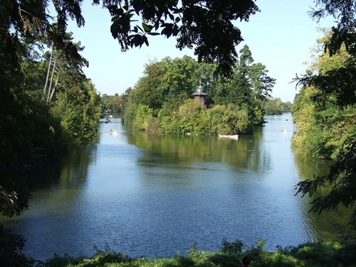 Top Five Romantic Things You Can Do In Paris - The Bois de Boulogne