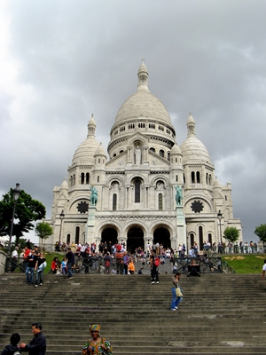 Top Five Romantic Things You Can Do In Paris - The Sacre Coeur Basilica