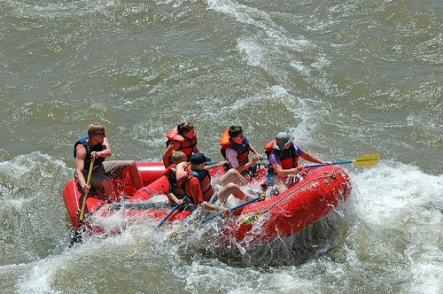 Moab - the Outdoor Paradise of Rock and Sun 3 - white-water-rafting